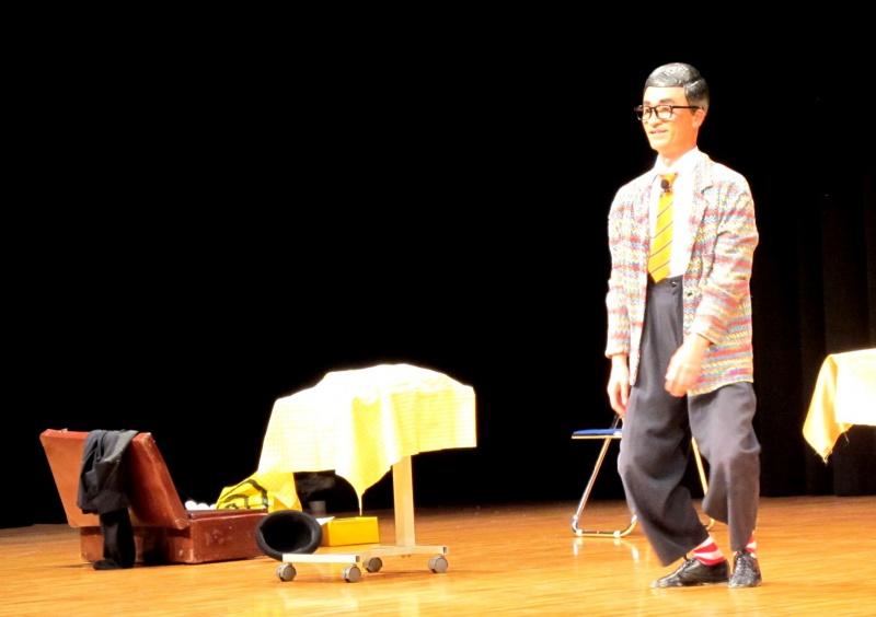 糸の見えない糸操り人形「チャーリー山本」です!みんなの劇場からの特別オファーで来てもらいました。